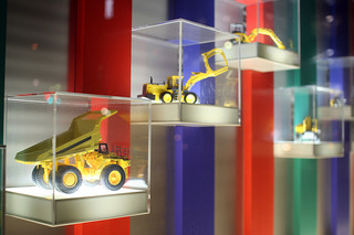 constructiontrucks.jpg
